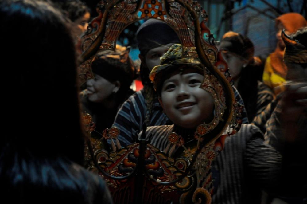 Wayang beber enfant dalang festival pesta boneka
