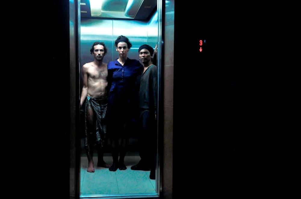 Galeri ISI Surakarta.reprise avec Oki . Automne 2085