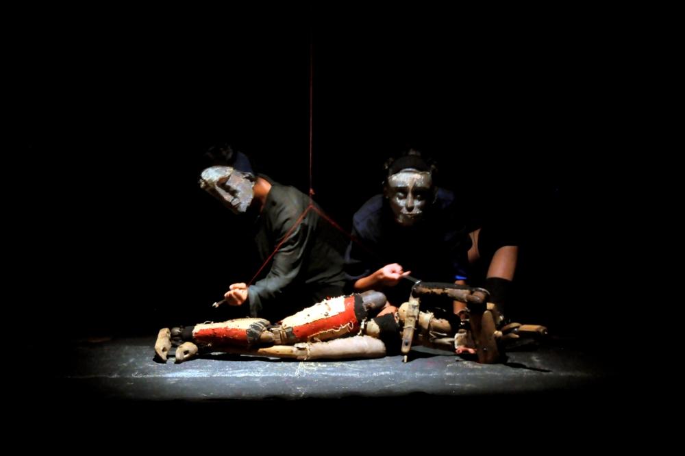 Galeri ISI Surakarta.reprise avec Oki Sadewa 1. Automne 2085