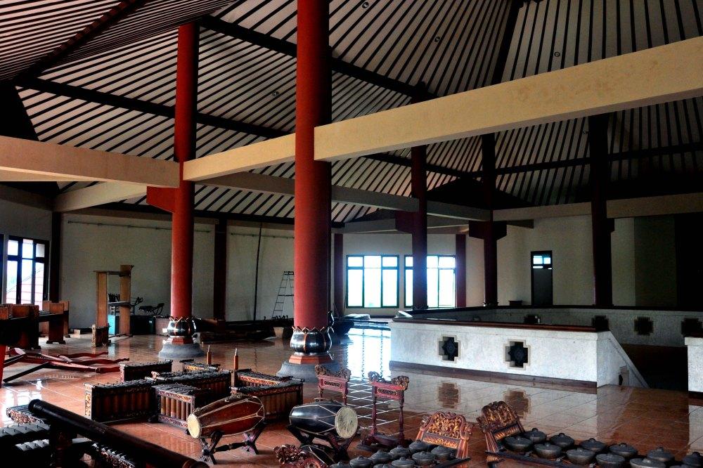 Galerie troisieme etage a investir ISI SOLO. Automne 2085