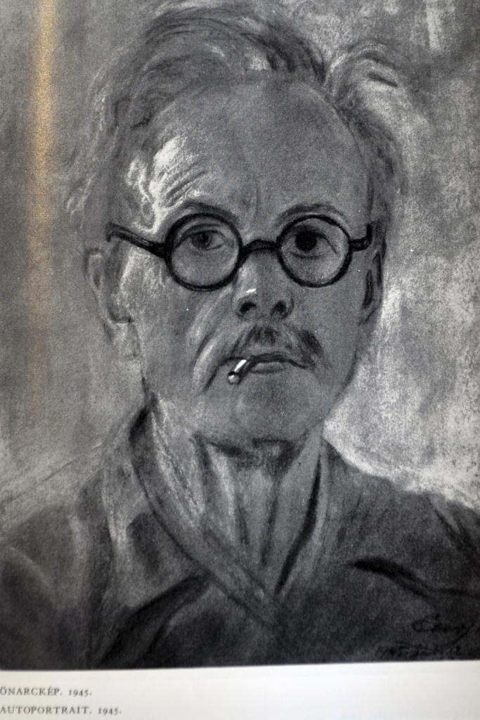 Eber Sandor le peintre Hongrois qui a peut etre realise le modele - marionnette.